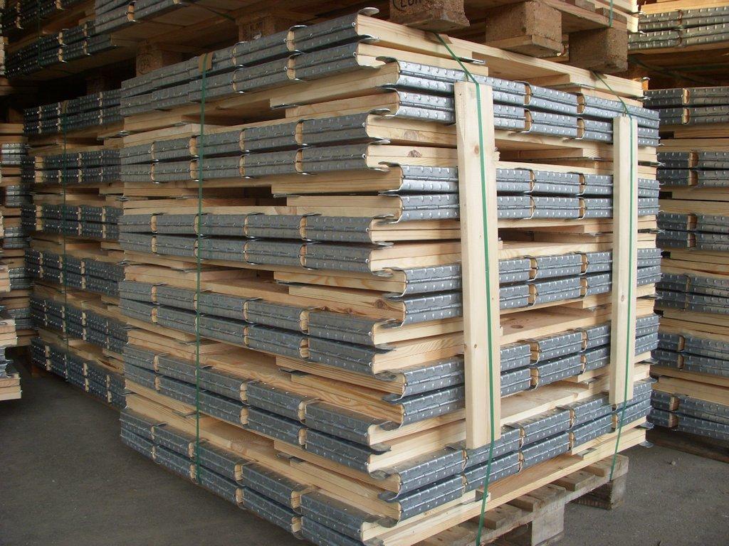 Cercos de madera para palets cerco para palet 1200 x 800 for Madera para palets